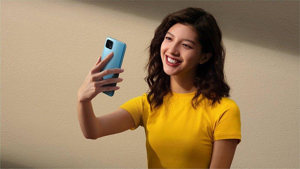 Smartfon OPPO A15 selfie